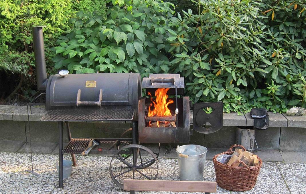 martin frechen grillen mit dem smoker wirtschaftsblog2011. Black Bedroom Furniture Sets. Home Design Ideas