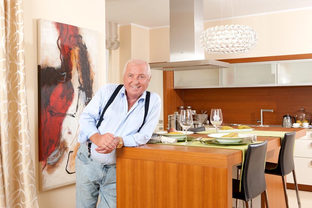 heinz von heiden sponsert ulli wegner wirtschaftsblog2011. Black Bedroom Furniture Sets. Home Design Ideas